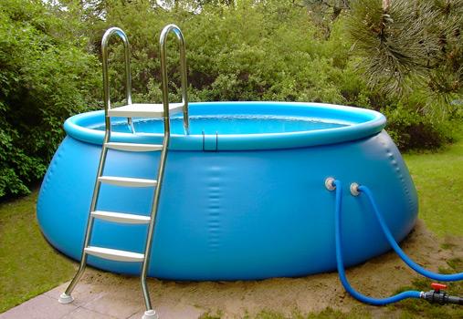 Flexipools aus robuster schnittfester poolfolie for Pool gewebefolie
