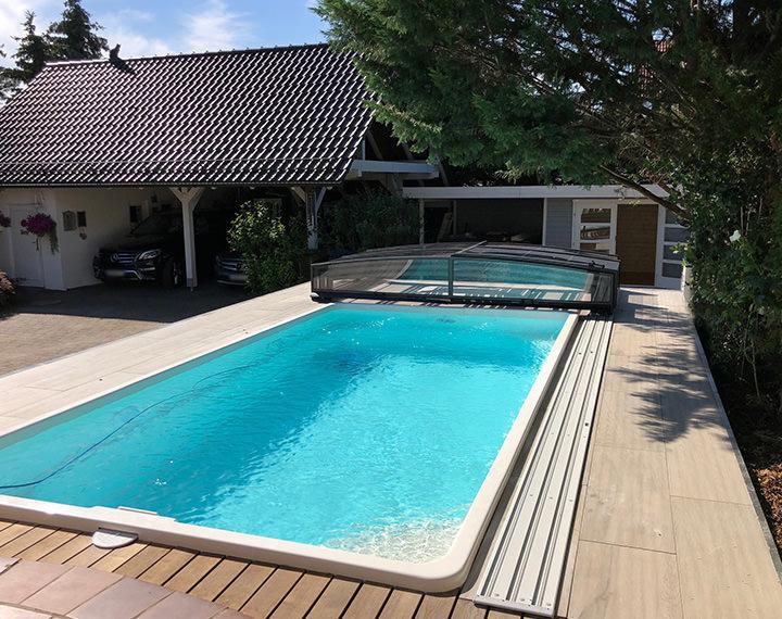 Abdeckungen und berdachungen f r pools schwimmbecken und whirlpools - Pool mit holzumrandung ...